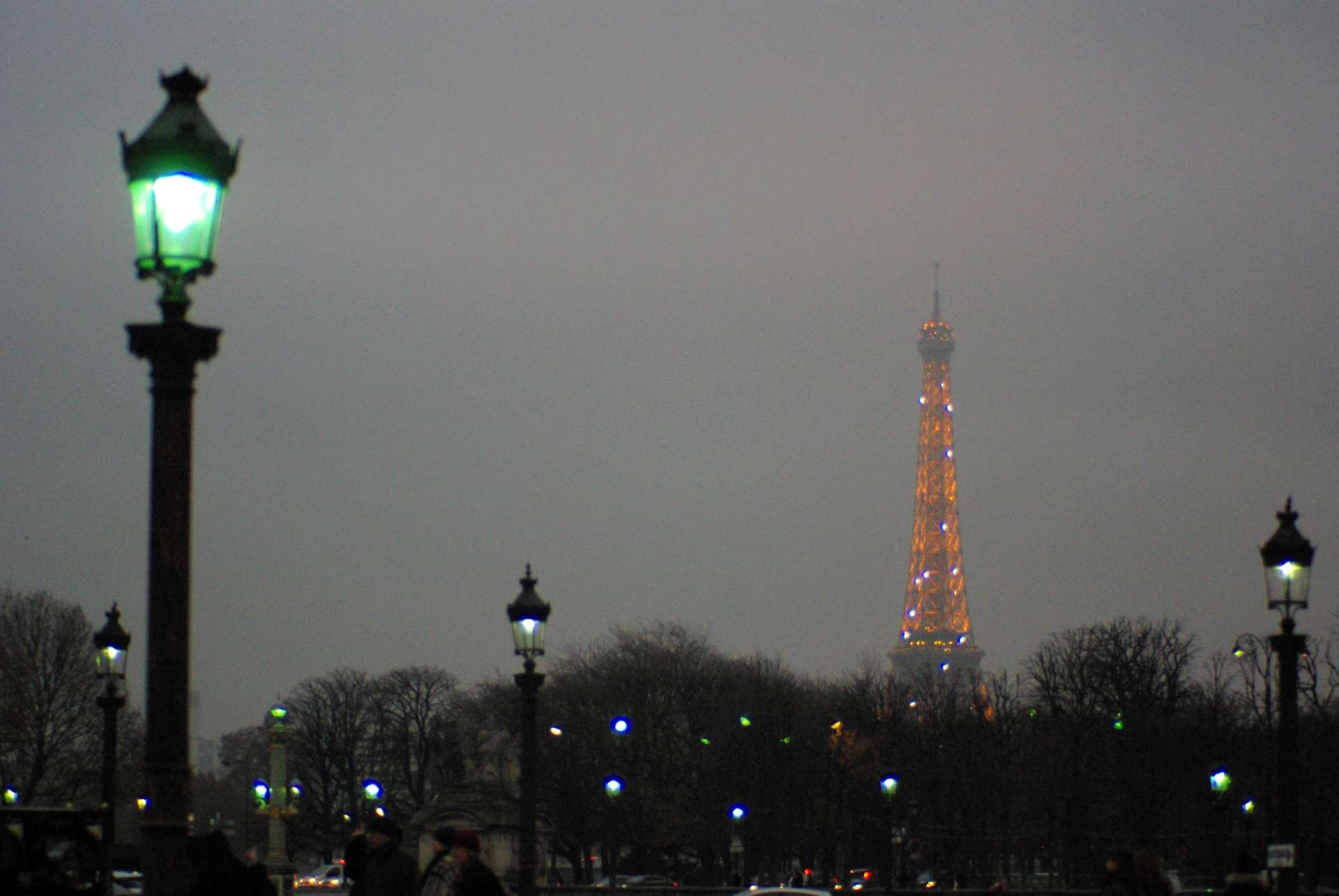 Monumental Paris Christmas Place de la Concorde © French Moments