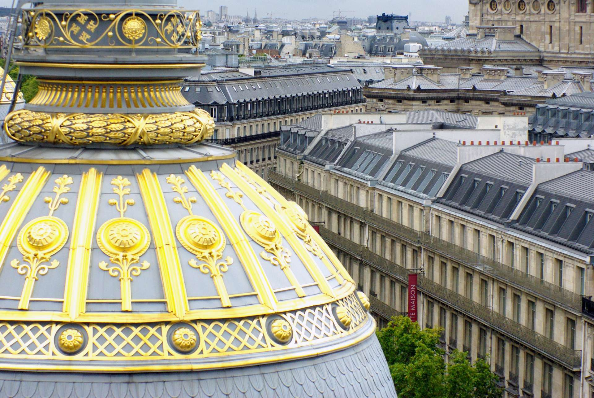 Haussmann's Paris from Printemps © French Moments