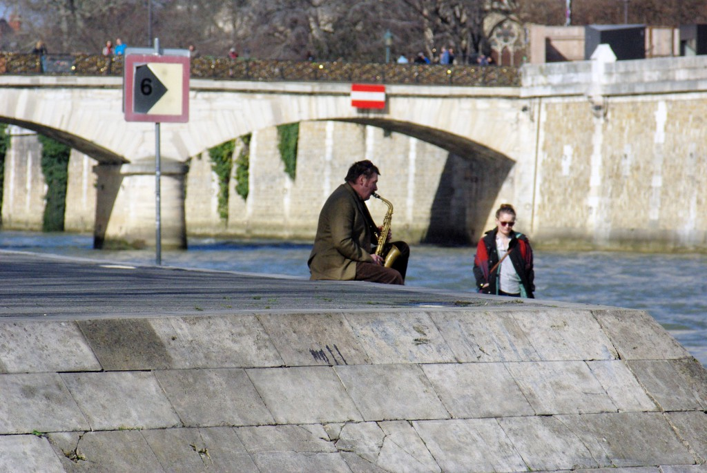Quais de la Seine 8 © French Moments