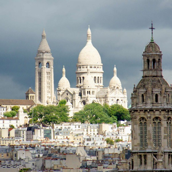 Montmartre from Printemps Paris © French Moments